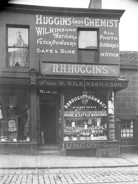 Wilkinsons & Son R H Huggins Chemist Colne Lancashire Glass Negative Circ1900 to 1920